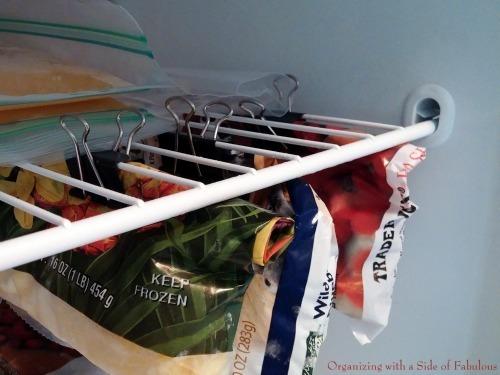 Sử dụng kẹp bướm tận dụng ngăn đông